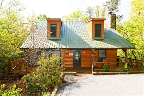 Rent A Cabin In Helen Ga by Trout Helen Ga Cabin Rentals Cedar Creek Cabin