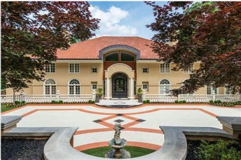 take a tour of kenny rogers atlanta mansion