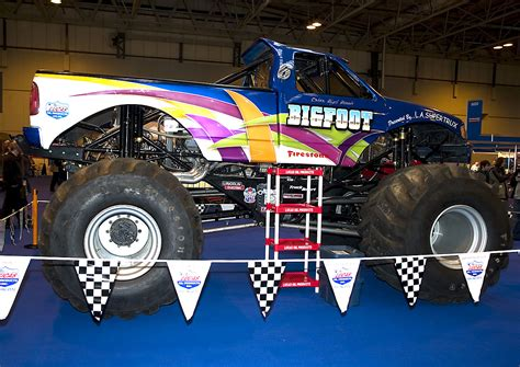 bigfoot king of the monster trucks bigfoot king of monster trucks aol cars uk