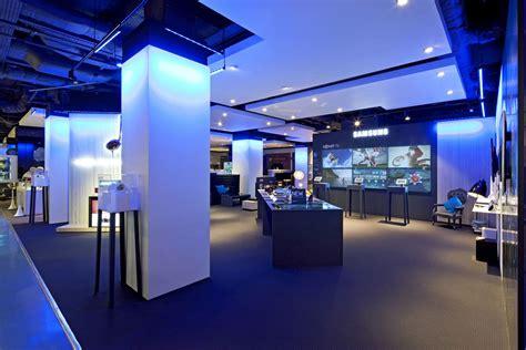 E Samsung Store by Samsung Store Selfridges Tde Lighttech