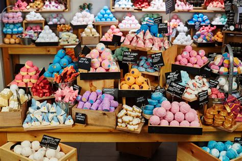 Detox Shoo Lush by Lush Factory Toronto Insider Tip Dailybeauty The