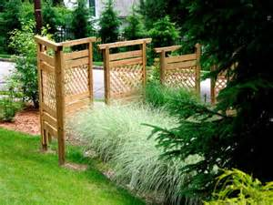 Build a privacy wall with fence panels landscaping ideas and