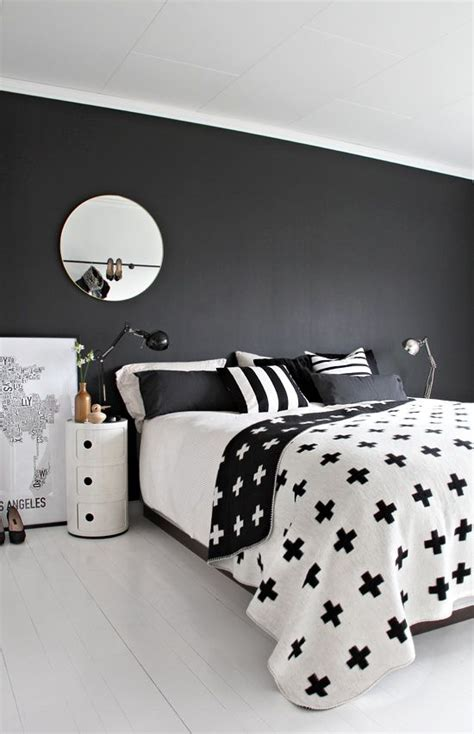 graphic comforters 30 timeless geometric and graphic bedding ideas digsdigs