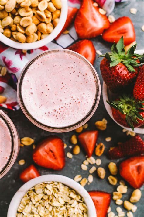 pb j protein smoothie strawberry pb j protein smoothies plays well with butter