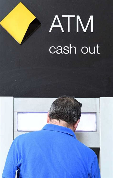 bank of australia australia s 4 largest banks to remove atm withdrawal fees