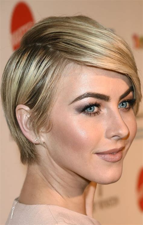 celebrity with hair that comes to a point 1000 ideas about short hair celebrities on pinterest