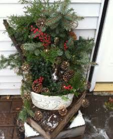 Give your family and friends a warm welcome fir and boxwood trees in