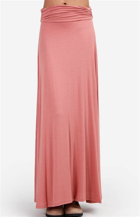 Maxi Manila L Dusty Pink ruched maxi skirt in dusty pink dailylook
