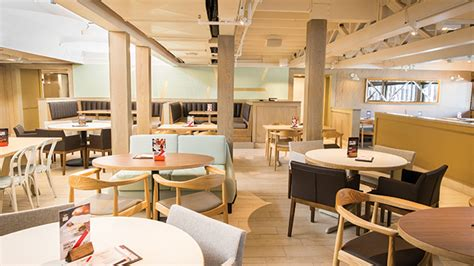 Innovatives Decken Design Restaurant Tgi Fridays Just Opened A Prototype In Texas That Could