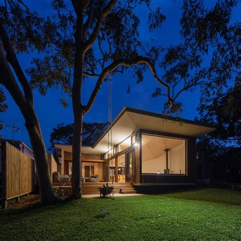 Blueys House Blueys Beach House Is A Modern Take On The Traditional