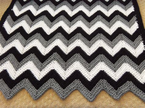 ripple zig zag striped afghan knitting pattern ruby s crocheted ripple afghan crocheted afghans colour