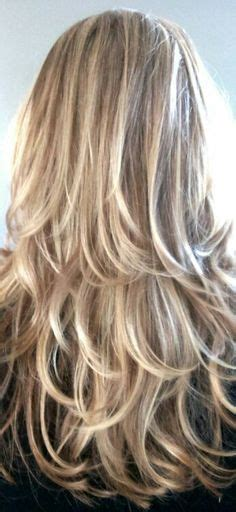 layred hairstyles eith high low lifhts long hairstyles for women over 50