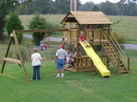 playhouse with swing and slide playhouse plans with swing and slide 171 macho10zst