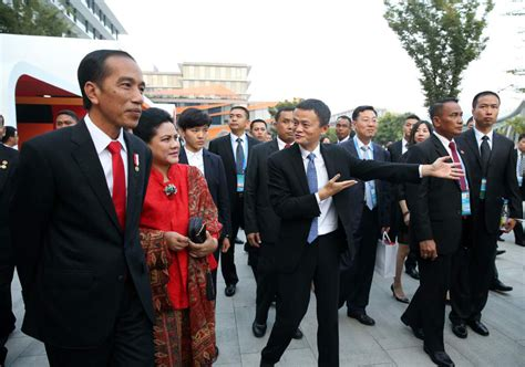 Alibaba Bali | indonesian president calls on jack ma as economic advisor