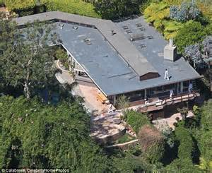Buy Brits Malibu Pad For A Mere 11999 Million by How Will Gwyneth Paltrow And Chris Martin S Divorce Divide
