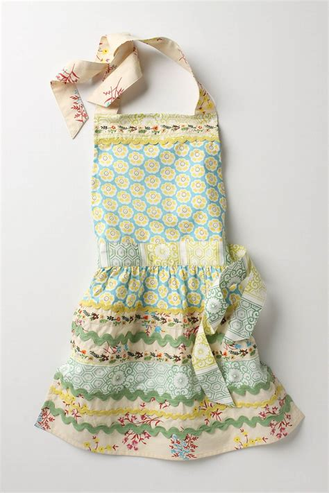 sewing basket apron sewing basket kid s apron sewing ideas pinterest