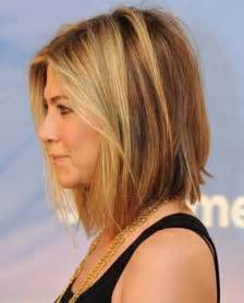 pictures of eck lengt layered haircuts best 25 neck length hairstyles ideas on pinterest best