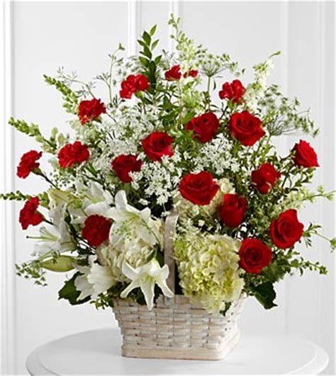 Ftd Arrangements by The Ftd 174 In Loving Memory Arrangement
