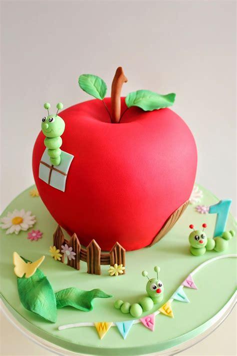 decorar bizcocho de manzana tarta decorada con forma de manzana manzana decoradas