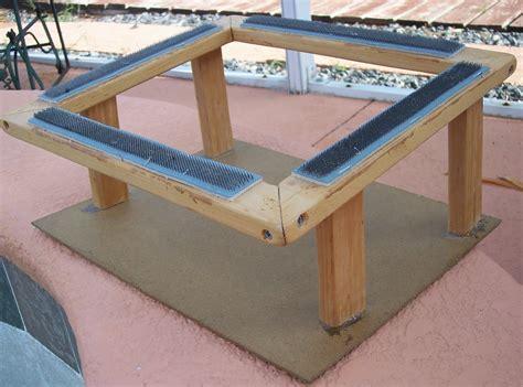 make rug hooking frame 1000 images about hooking on