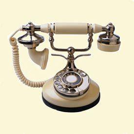 teknologi komunikasi pentingnya telepon sebagai alat