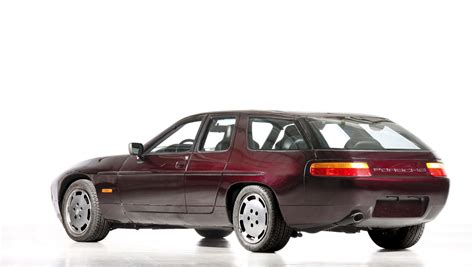old porsche 928 40 years of the porsche 928 at the oldtimer grand prix 2017