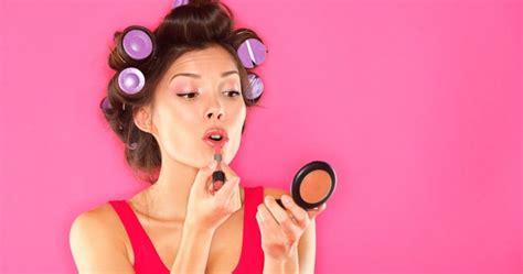 Jual Lipstik Tahan Lama Dan Tidak Kering by 6 Cara Mudah Agar Lipstik Tahan Lama Dan Tidak Kering