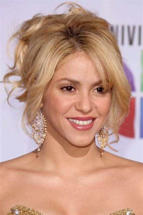 shakira s hair is amazing hair pinterest what does shakira hair color 2013 image gallery shakira