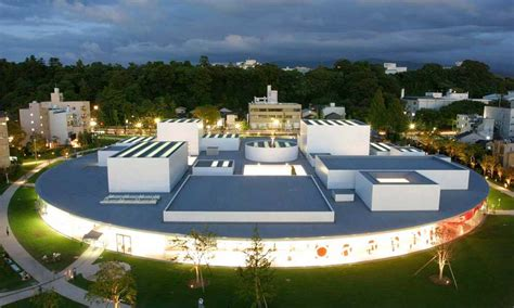 museo de arte contemporaneo siglo xxi de kanazawa