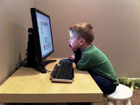 kid on computer unchartedparent