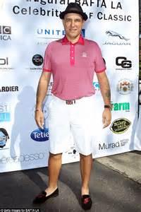 vinnie jones plays golf with piers morgan and nigel