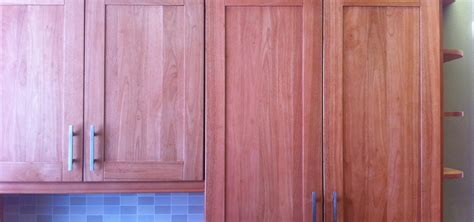 How To Adjust Cabinet Doors How To Adjust The Alignment Of Cabinet Doors 171 Construction Repair