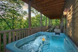 Rooms To Go Kids Bedrooms by Gatlinburg Cabins Smoky Mountain Cabin Rentals From 115