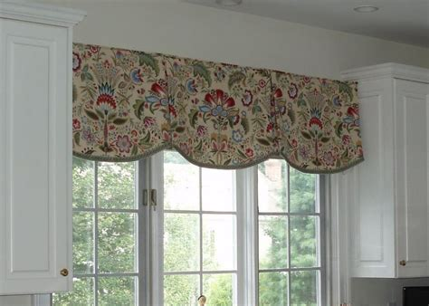 sewing a valance curtain kitchen scalloped valance mccalls 5286 kitchen ideas