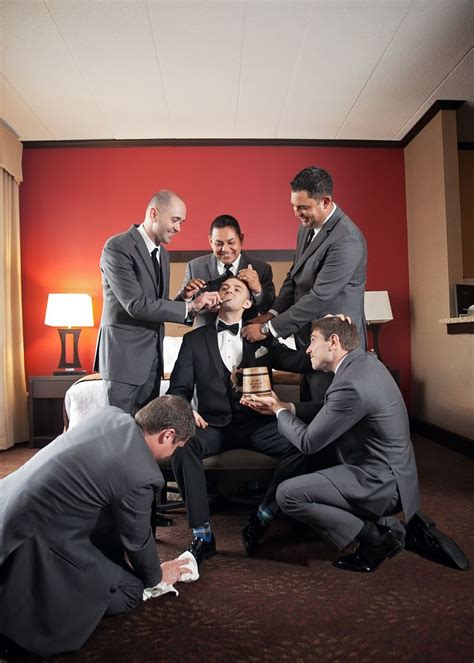 Unique Wedding Photos Of And Groom by 1000 Ideas About Wedding Photography Poses On