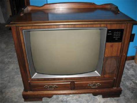 1985 rca 25 quot console color tv quot sink cabinet quot with