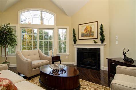 bedroom interior with three tone color scheme design