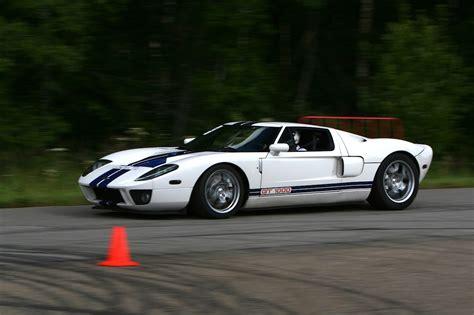 ford gt horsepower lingenfelter corvette howls against 1000 horsepower ford