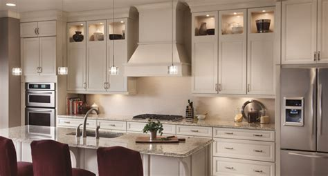 405 Kitchen Cabinets by Kraftmaid Vantage Pgt Cabinets