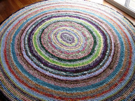 toothbrush rag rug tutorial toothbrush rug i found the a easy to follow tutorial flickr