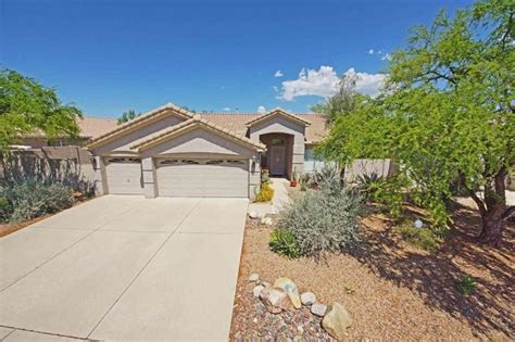 houses for sale in oro valley 17 best images about oro valley homes for sale on pinterest 3 car garage usa soccer