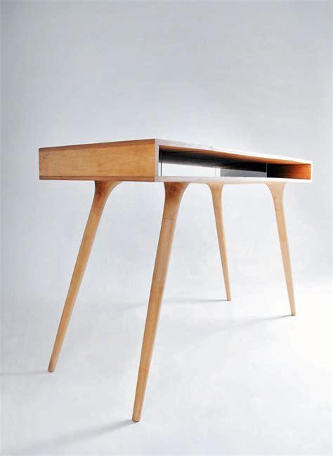 Design Desk by Dapper Davenport Yanko Design