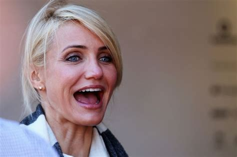pubic hair that is dredded cameron diaz talks pubic hair in the body book mirror online