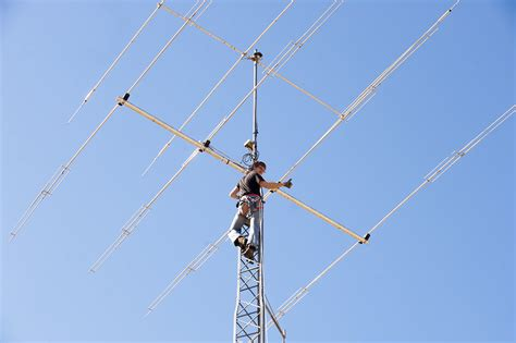 wireless microphone antenna distribution   budget continued brashleraudio