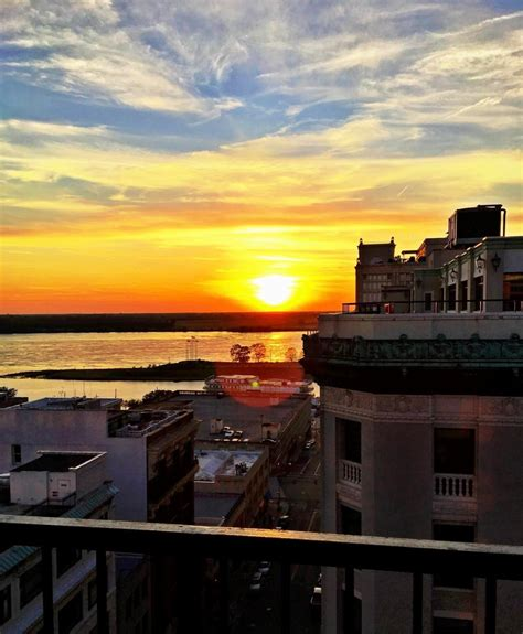 top bars in memphis take in the view at this memphis rooftop bar 171 i love memphis