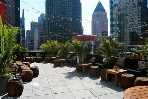 rooftop lounge at the hotel midtown nyc