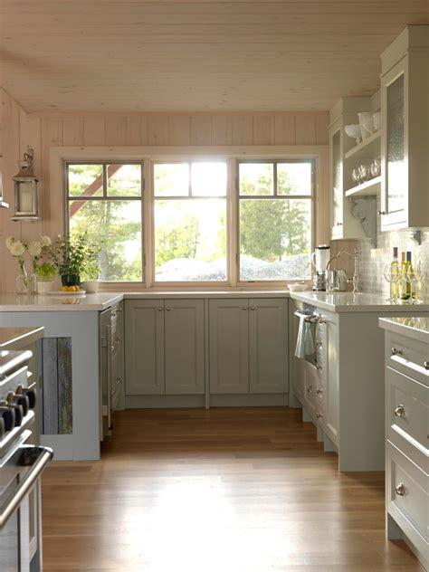 cottage kitchens cottage kitchen photos hgtv