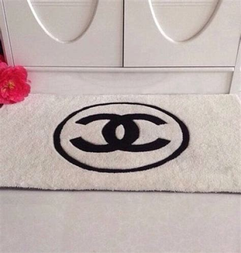 coco chanel rug inspired handmade c logo black white by lovefromlaurenemily 163 135 00 my ideas for chanel