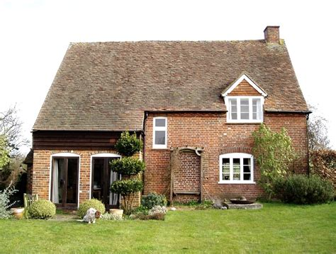 Cottage Farm by Field Farm Cottage Reading Homepage