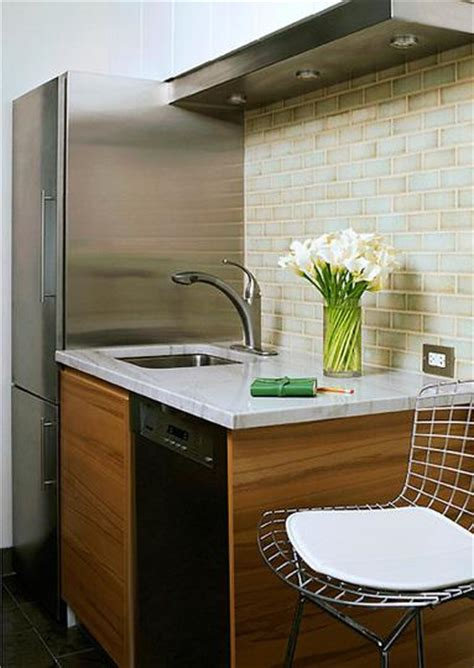 Luca de Luna Quartz Countertops   Contemporary   kitchen